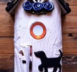 Ringklocka-Hund och blå blommor