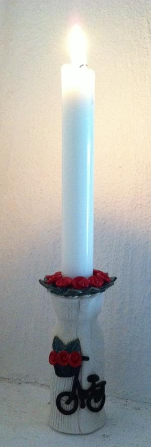 Ljusstake-Röda blommor