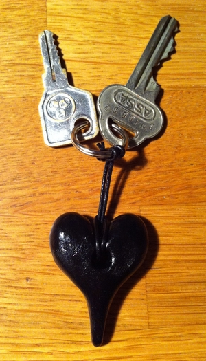 Nyckelring svart