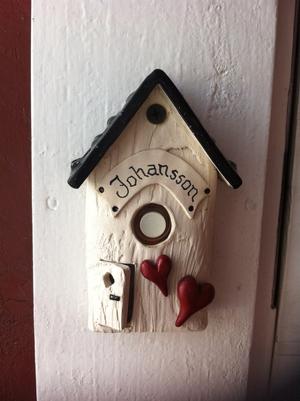 Ringklocka-Skylt och hjärtan